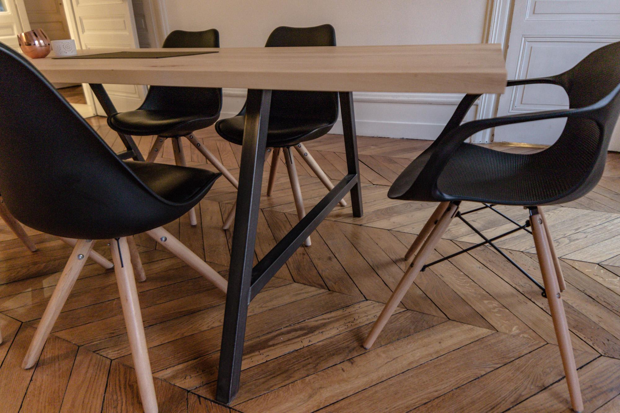 Création d'une table en hêtre massif