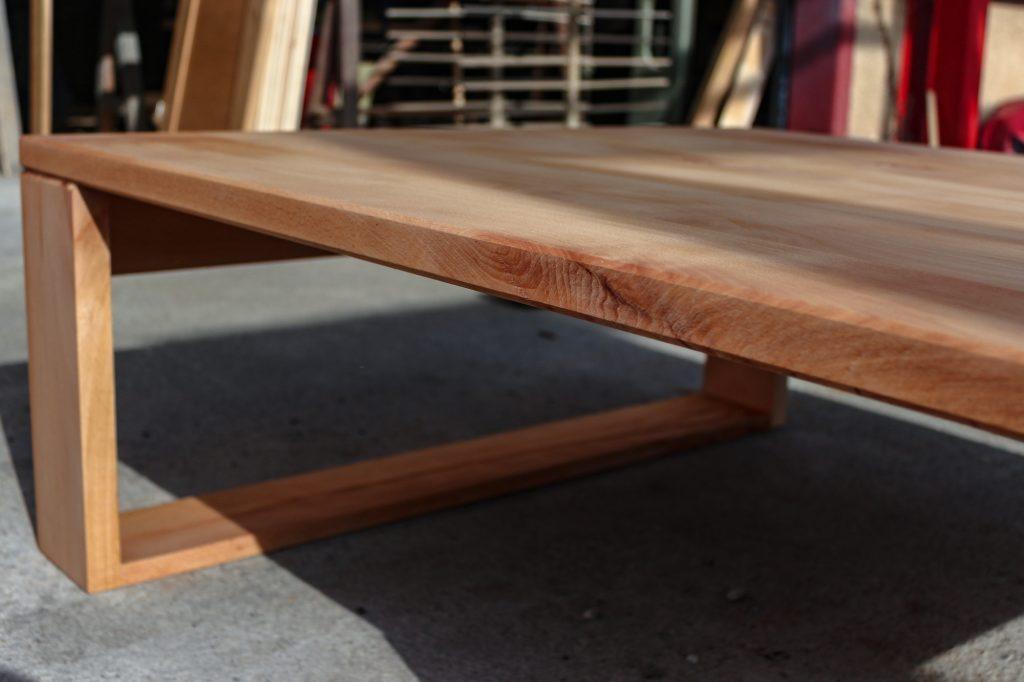 table basse hêtre massif